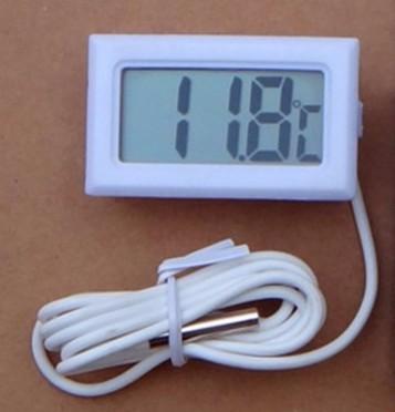 Mini Termômetro com Sensor Externo