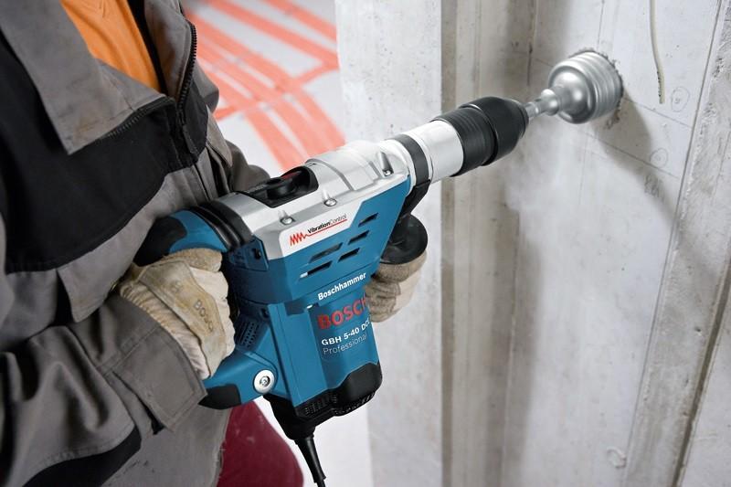 Martelete Perfurador e Rompedor SDS-Max 1150W 220V GBH 5-40 DCE BOSCH