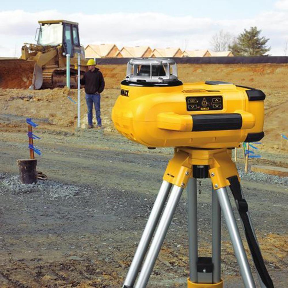Nível a Laser Giratório Alcance 600 Metros com Acessórios - Dewalt