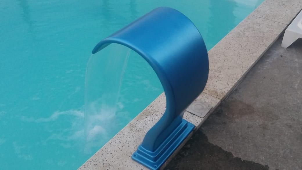 Cascata Fibra de Vidro Azul