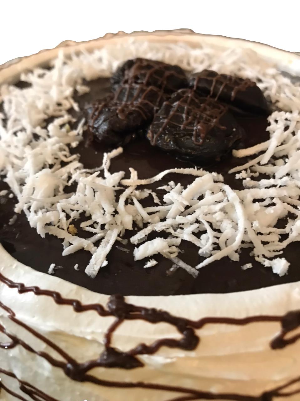 Torta Coco com ameixa - Aro 24