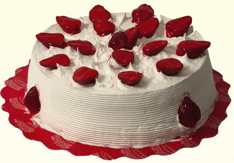 Torta de Morango com Chantilly - Aro 18