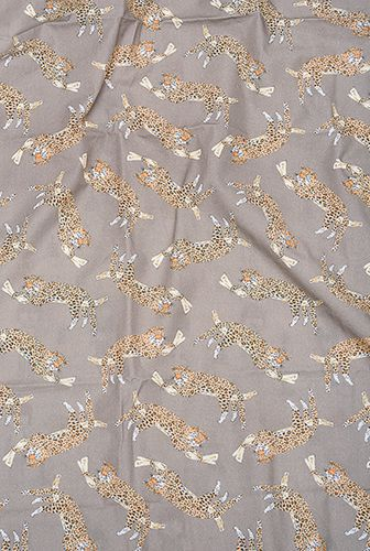 Kit trio berço Dona Onça (fronha estampada + lençol de cobrir estampado + lençol de elástico branco) *nesse kit o lençol de elástico é GRÁTIS*