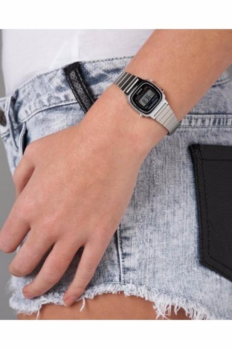 6894000f22b Relógio Casio Feminino Vintage LA670WA-1DF - Relógios de Fábrica
