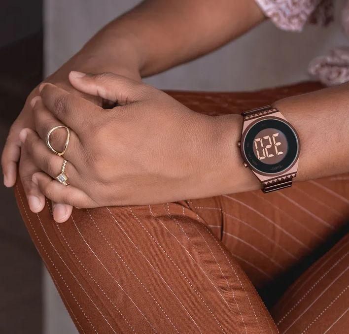 Relógio Euro Fashion Fit Slim Marrom Feminino  EUBJT016AF/4M