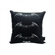 Almofada Batman Arkham Knight - DC Comics - 40X40 (Veludo)