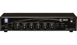 Cabeçote  E300 4/8OHMS 300W