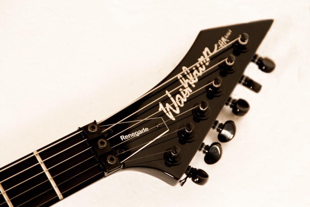 Guitarra Washburn WM24VB Preta