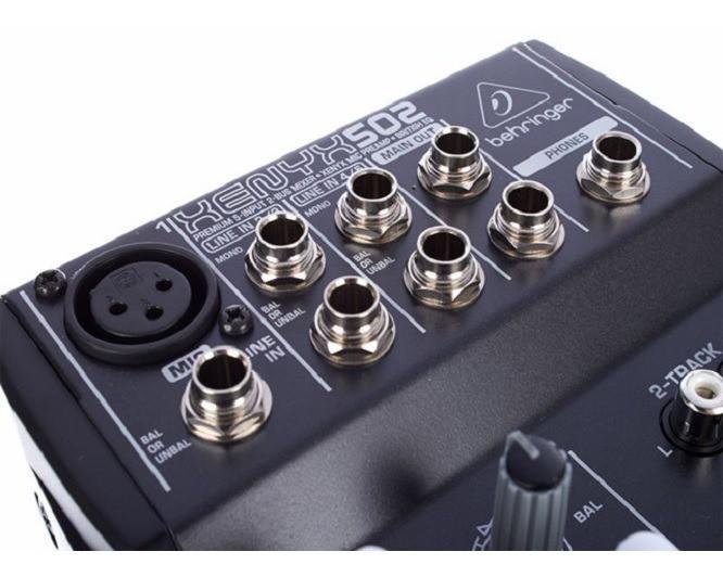 Mesa de Som Xenyx 502 Behringer - Mixer 110V