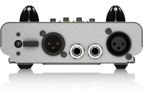 Pré-amplificador para Microfones Behringer MIC100