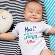 Body de Bebê ou Camiseta Infantil Meu Primeiro Dia das Crianças Com Nome