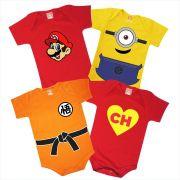 Kit Com 4 Roupinhas De Bebê Super Mario Minions Dragon Ball Goke Chapolin