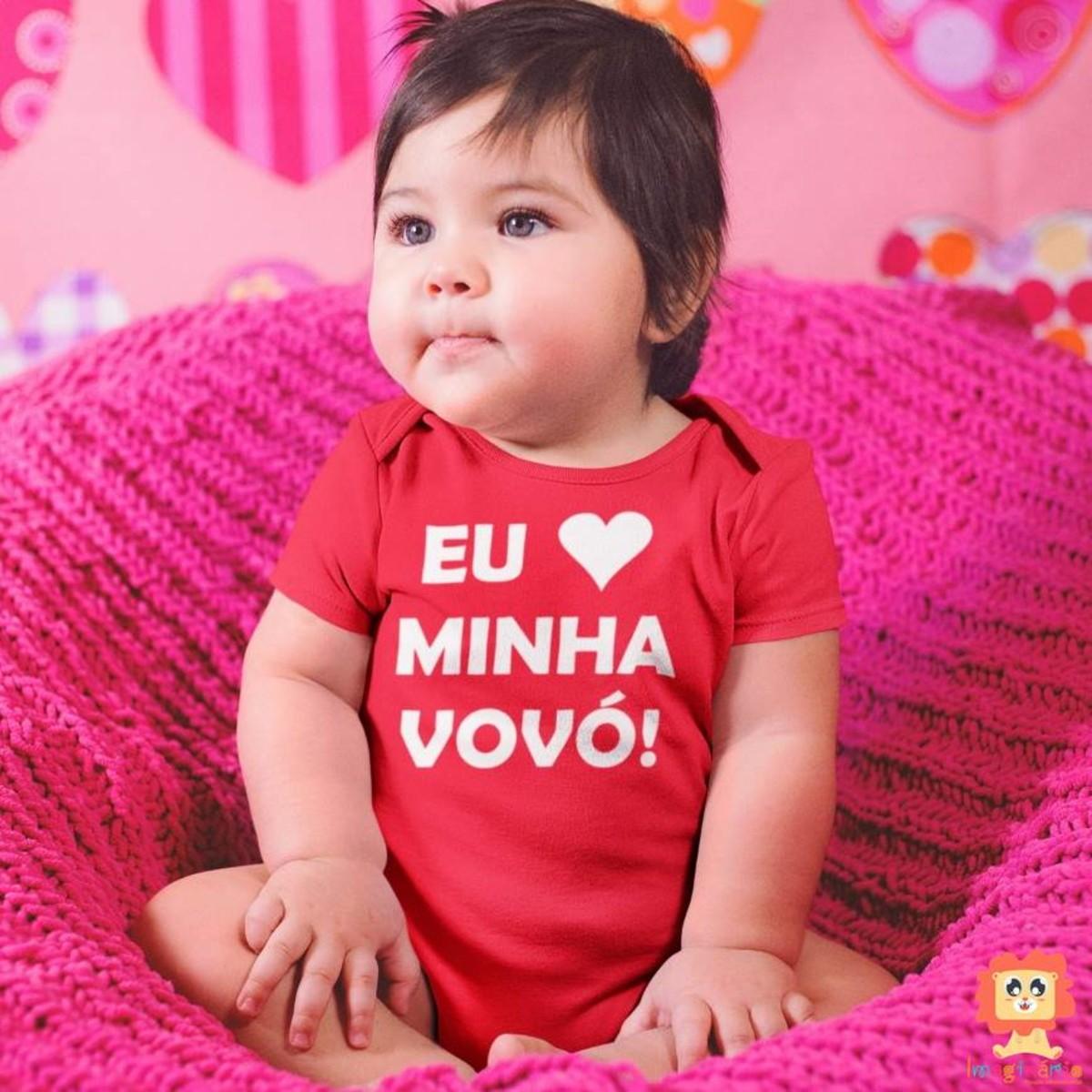 Body ou Camiseta Infantil Eu Amo a Vovó