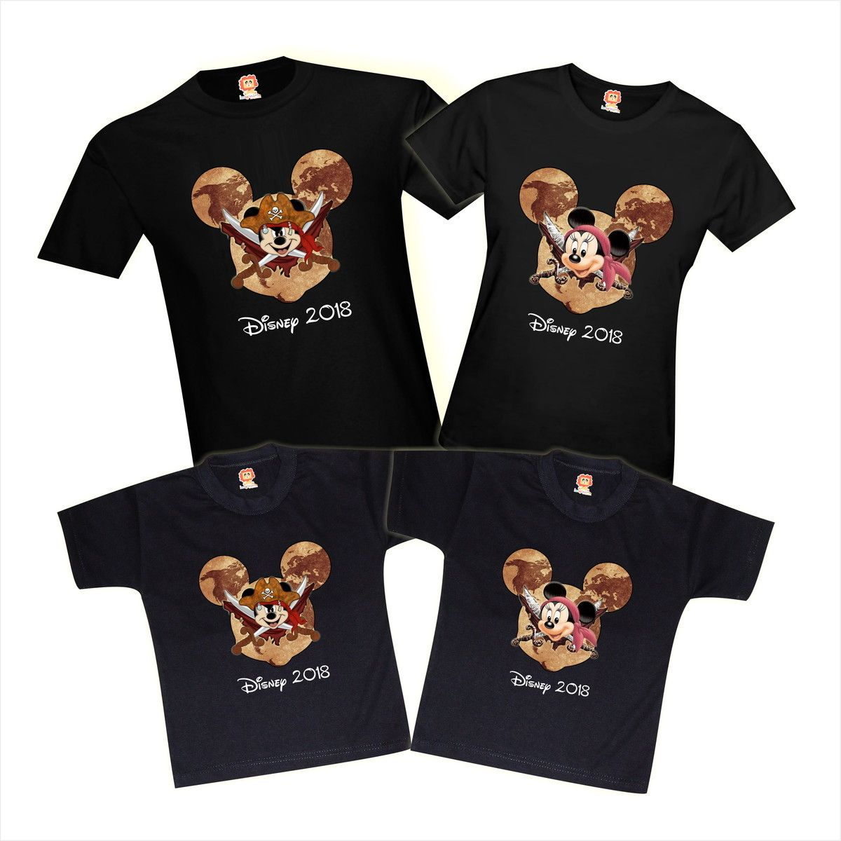 Camiseta Viagem Walt Disney Mickey e Minnie Pirata