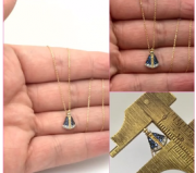 Colar Nossa Senhora Ouro 18k Com Pedras Pequena 1.1 x 0.7cm k170