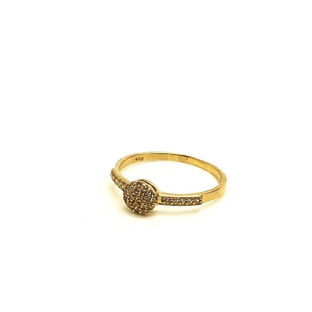 Anel Princesa com Pedra nas Laterais Ouro 18k com Diamante  k1.8Sintetico