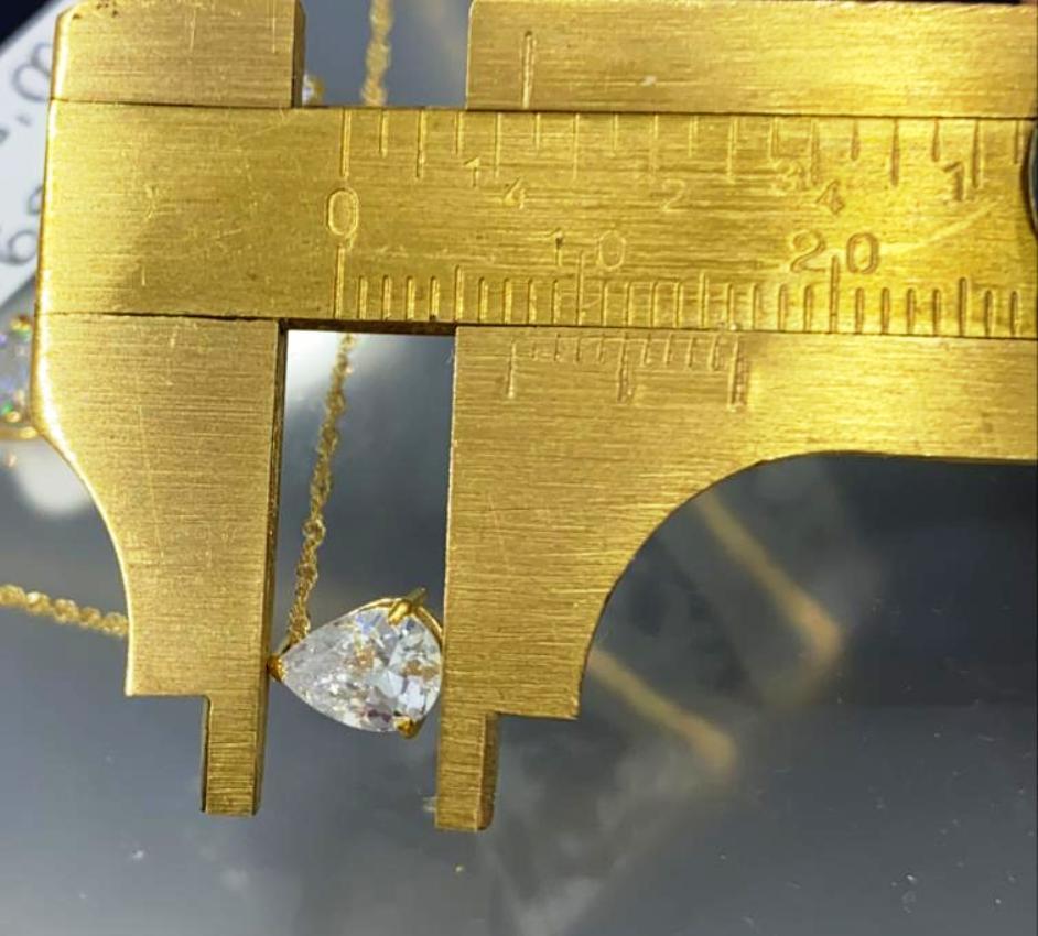 Pingente Gota 0.7 x 0.6 cm com Pedra Branca e Corrente Ouro 18k