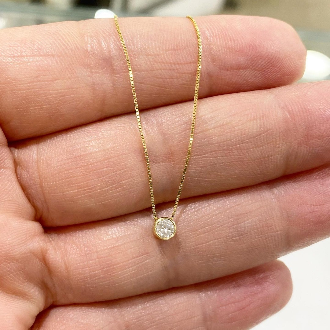 Ponto de Luz em Ouro 18k Pedra Diamante Natural 20 pontos 3.8cm com Corrente K560