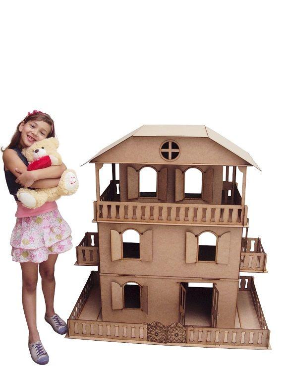 Casa de Bonecas Escala Barbie Modelo Suzan Natural - Darama
