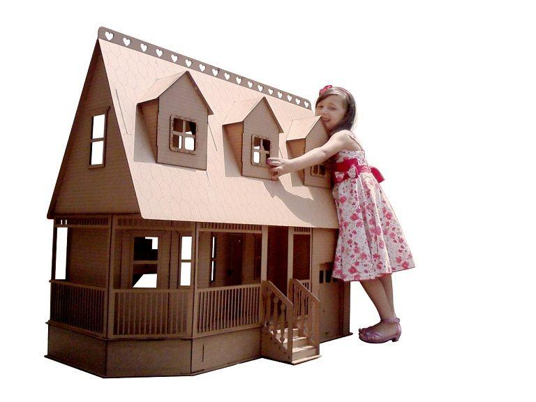 Casa de Bonecas Escala Barbie Mod Victoria Natural - Darama