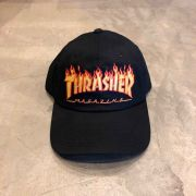 """Boné Dad Hat Thrasher """"Flame"""" Preto"""