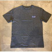 """Camiseta Grizzly """"Built To Lats"""" Cinza"""