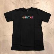 """Camiseta Overcome """"Astro"""" Preta"""