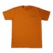 "Camiseta Overcome ""Mini Script"" Laranja"