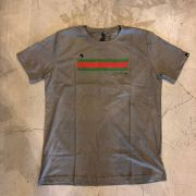 "Camiseta The Rocks ""Gucci Strip"" Cinza Escuro"