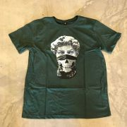 """Camiseta The Rocks """"Statue Criminal"""" Verde"""