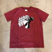 "Camiseta The Rocks ""Three Statues"" Vermelha"