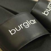 Chinelo Burglar