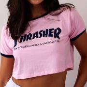 """Cropped Thrasher """"Skate Mag"""" Rosa"""