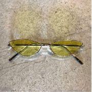 """Óculos Vintage """"Cat"""" Dourado/Amarelo"""
