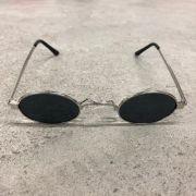 """Óculos Vintage """"JLennon"""" Prata/Preto"""