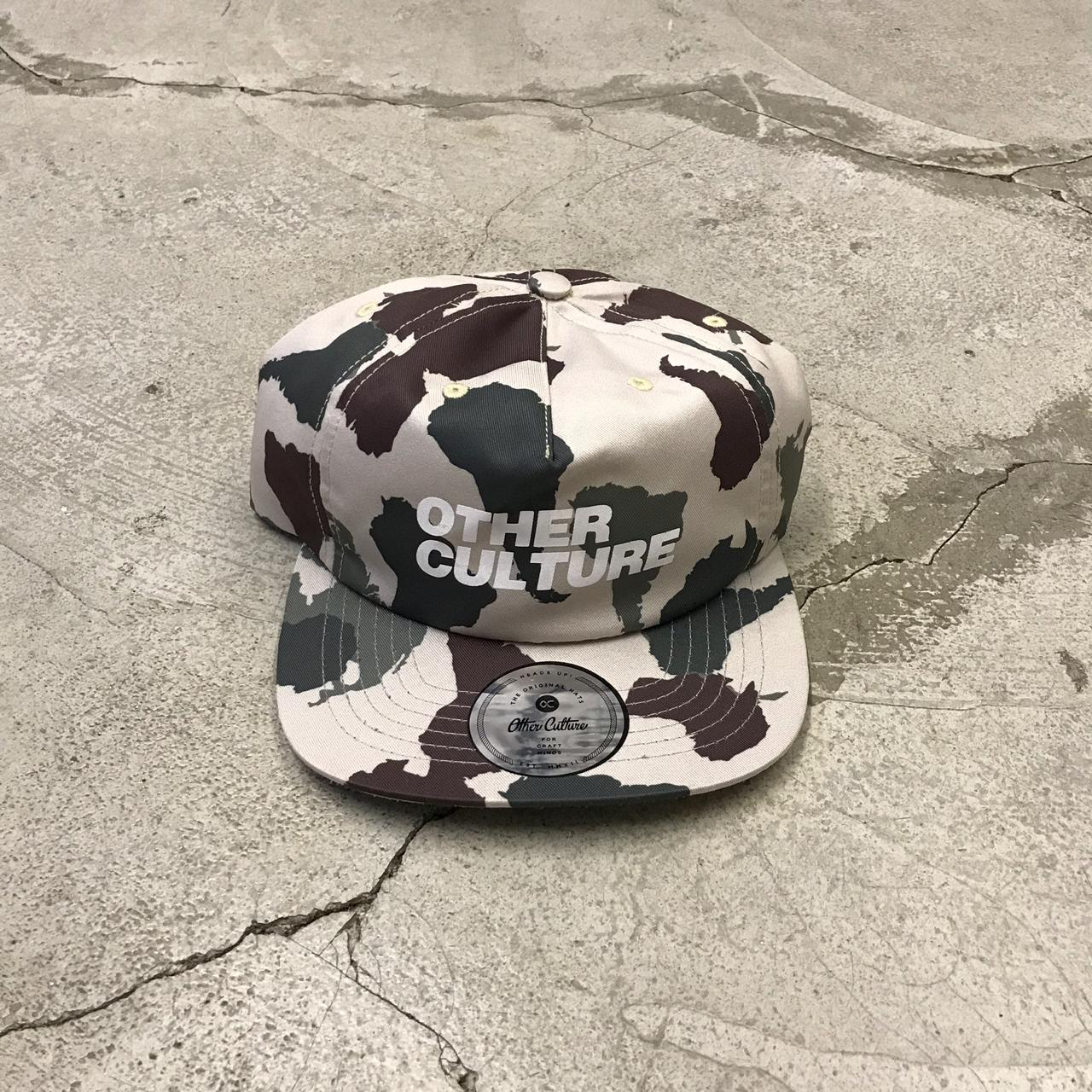 Boné Strapback Other Culture