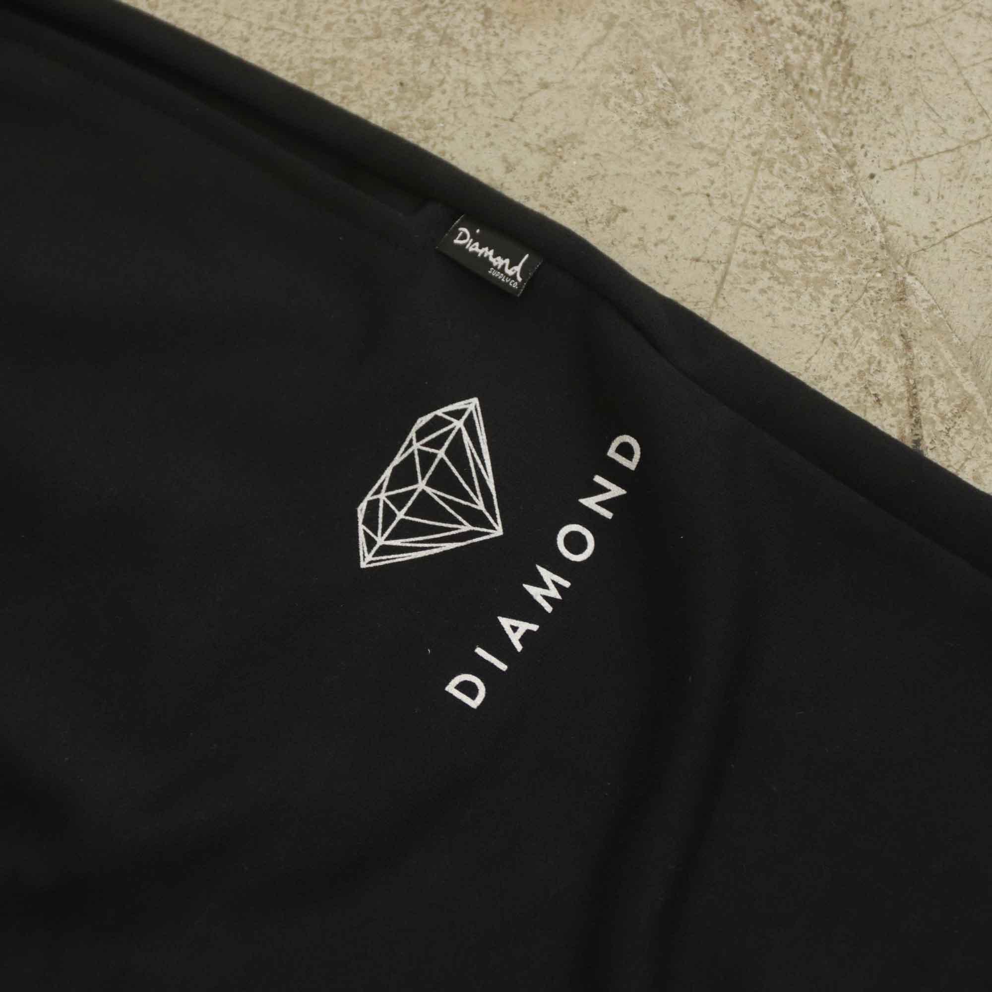 "Bermuda Diamond ""Futura Sign"" Preta"