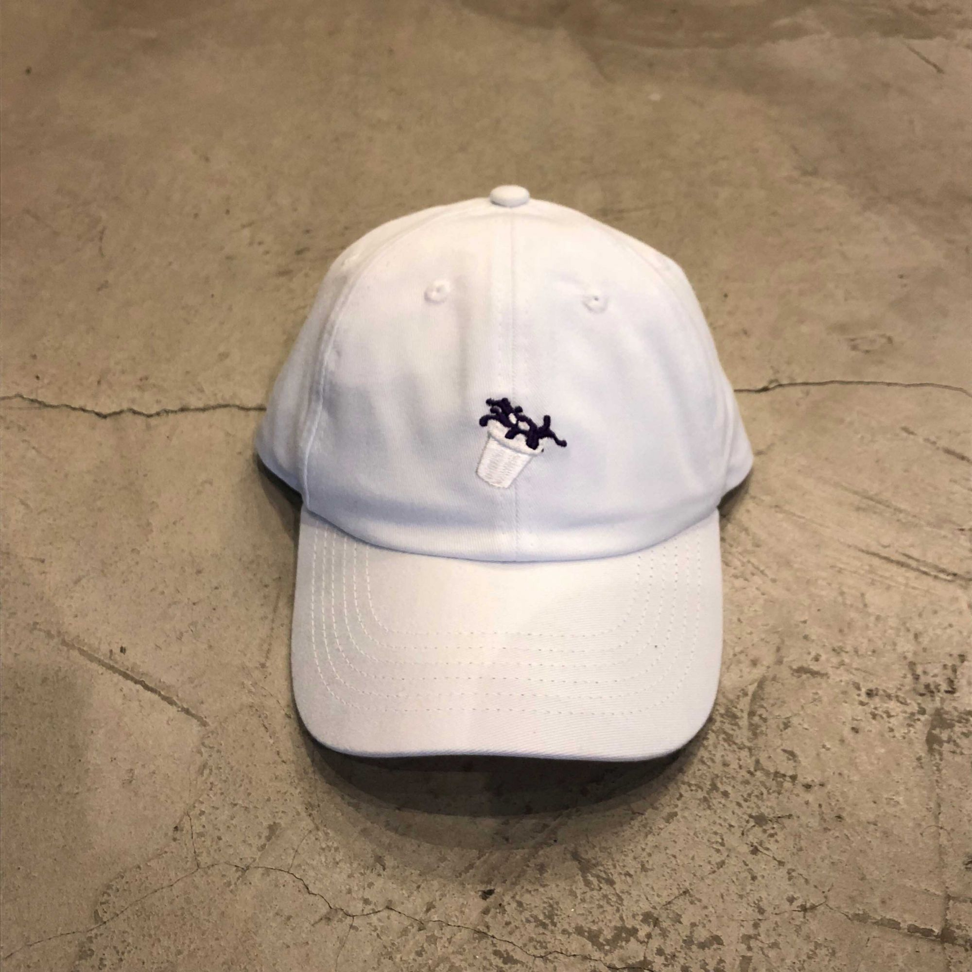 "Dad Hat Overcome ""Double Cup"" Branco"