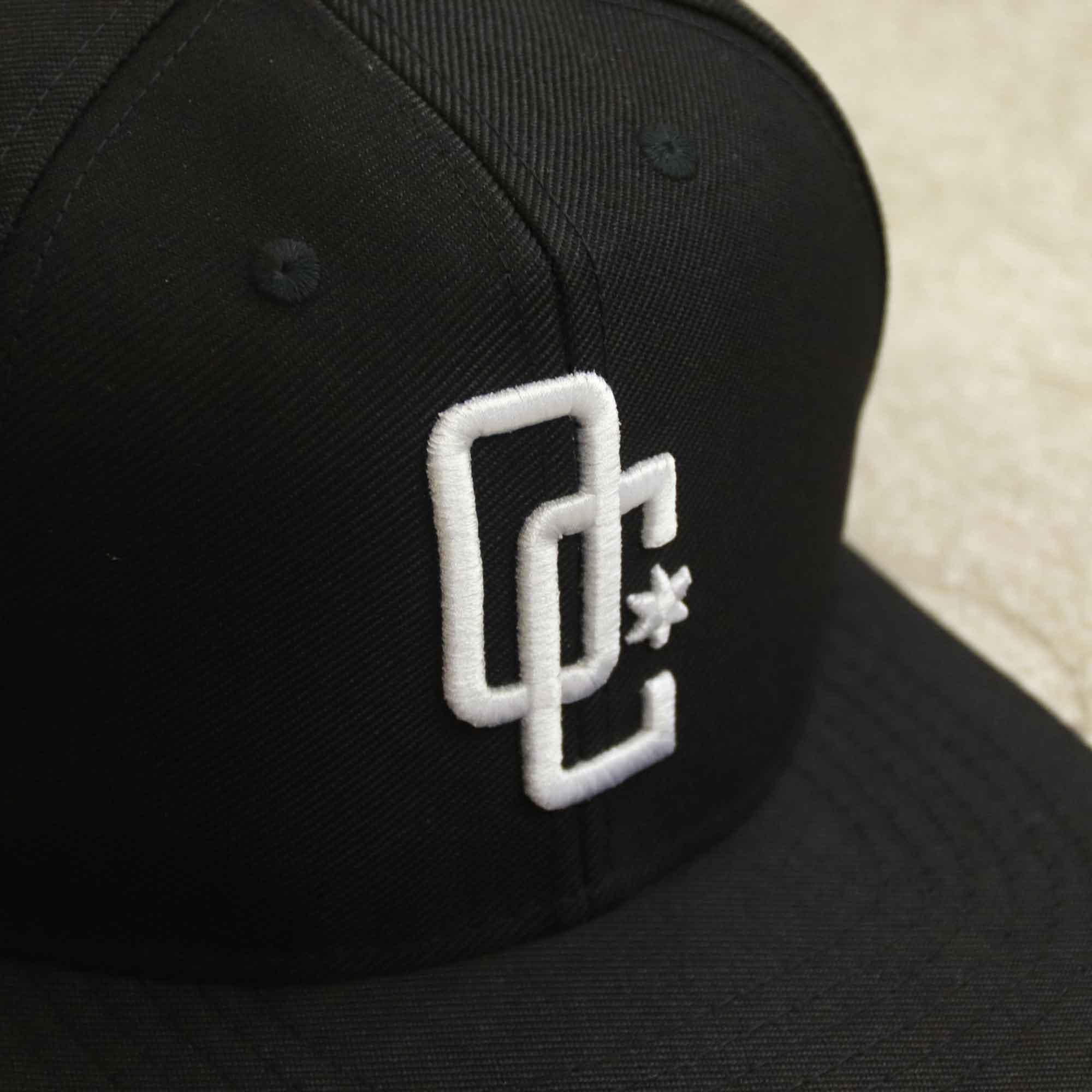 "Boné Snapback Overcome ""Logo"" Preto"