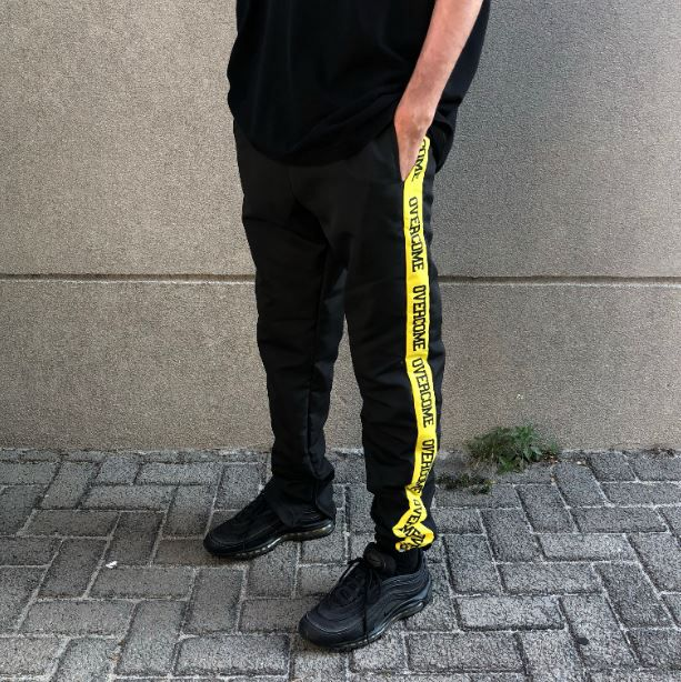 "Calça Overcome CO ""Yellow Strip"""