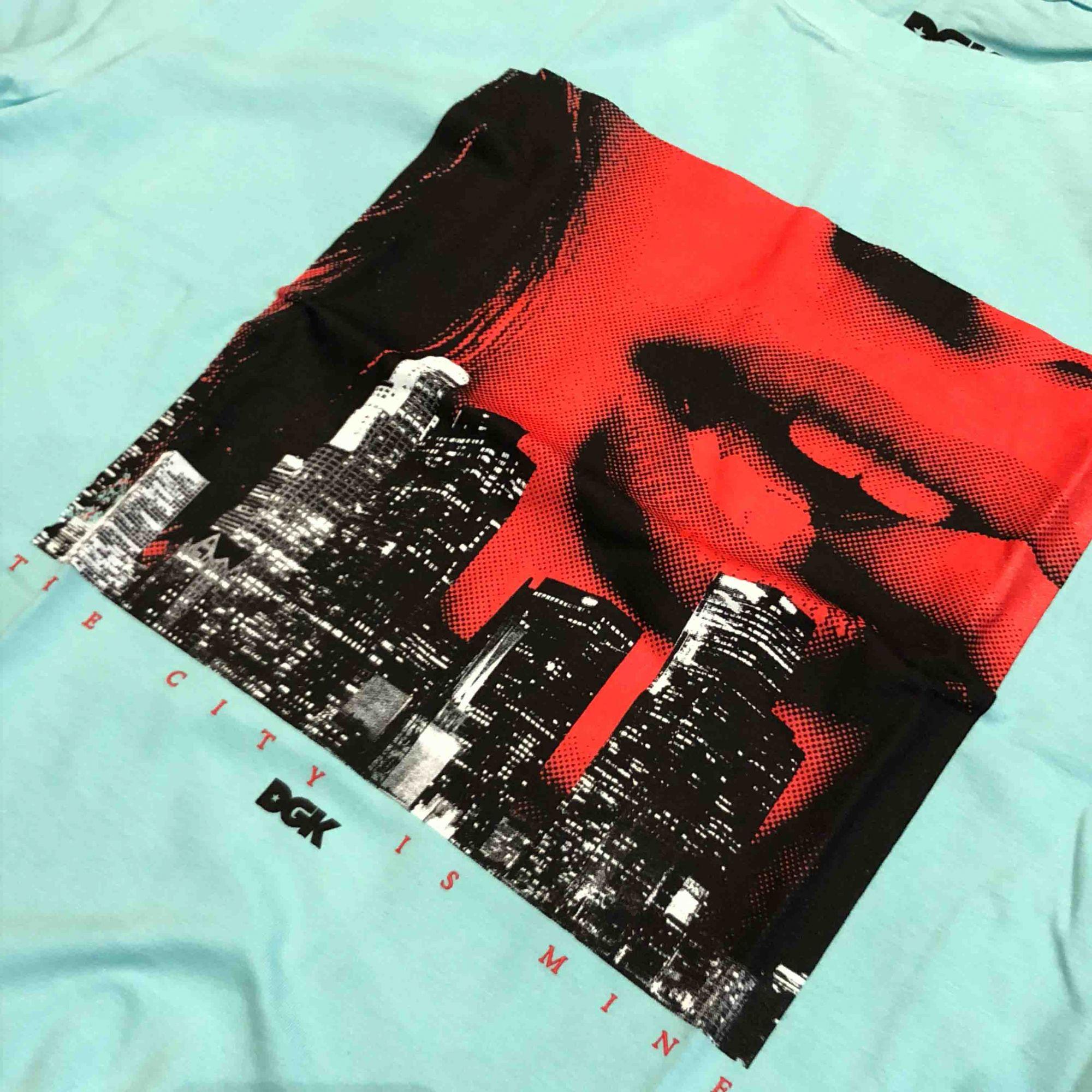 "Camiseta DGK ""City Is Mine"" Tiffany"