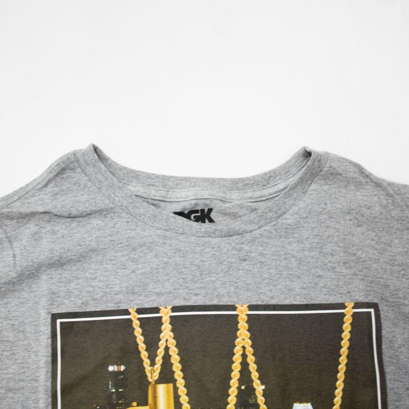"Camiseta DGK ""City Lights"" Cinza"