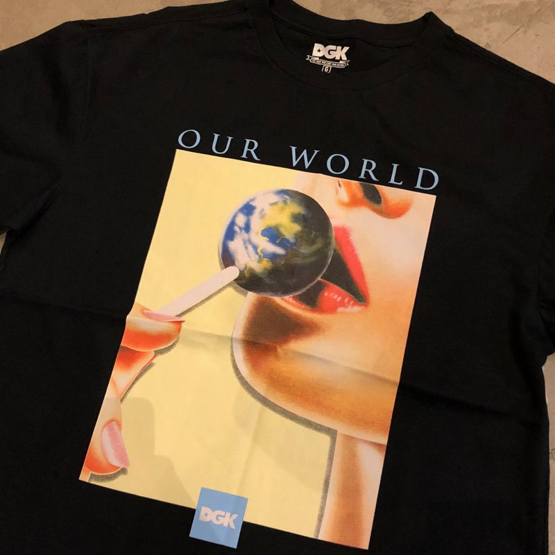 "Camiseta DGK ""Men's Our World"" Preta"