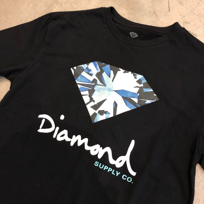 "Camiseta Diamond ""Simplicity Sign"" Preta"