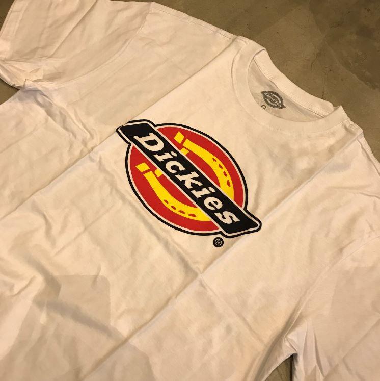Camiseta Dickies Logo Branca