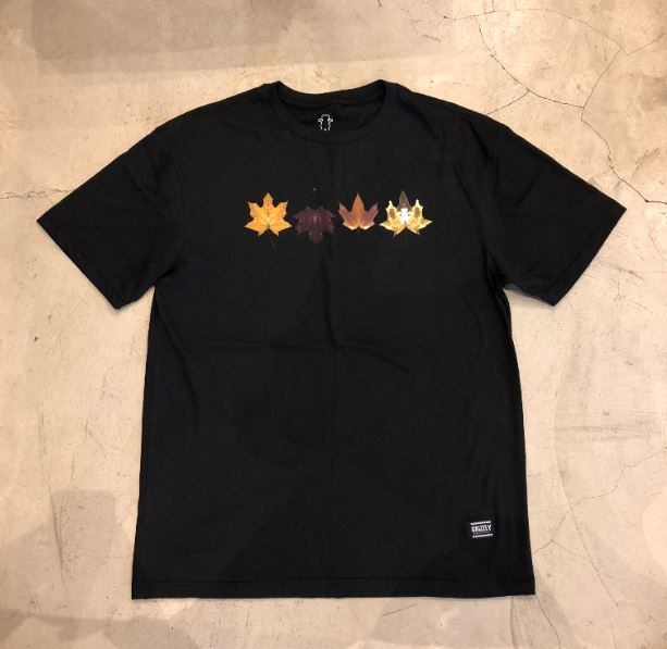 """Camiseta Grizzly """"Seasonal Stamp"""" Preta"""