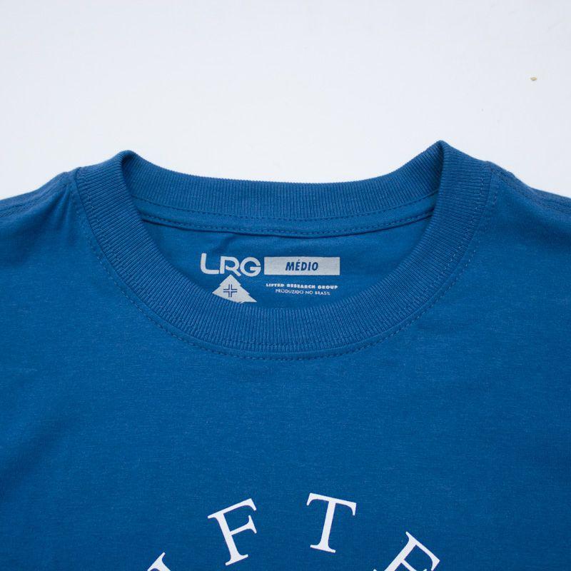 """Camiseta LRG """"Girafferari Petroleo"""" Azul"""