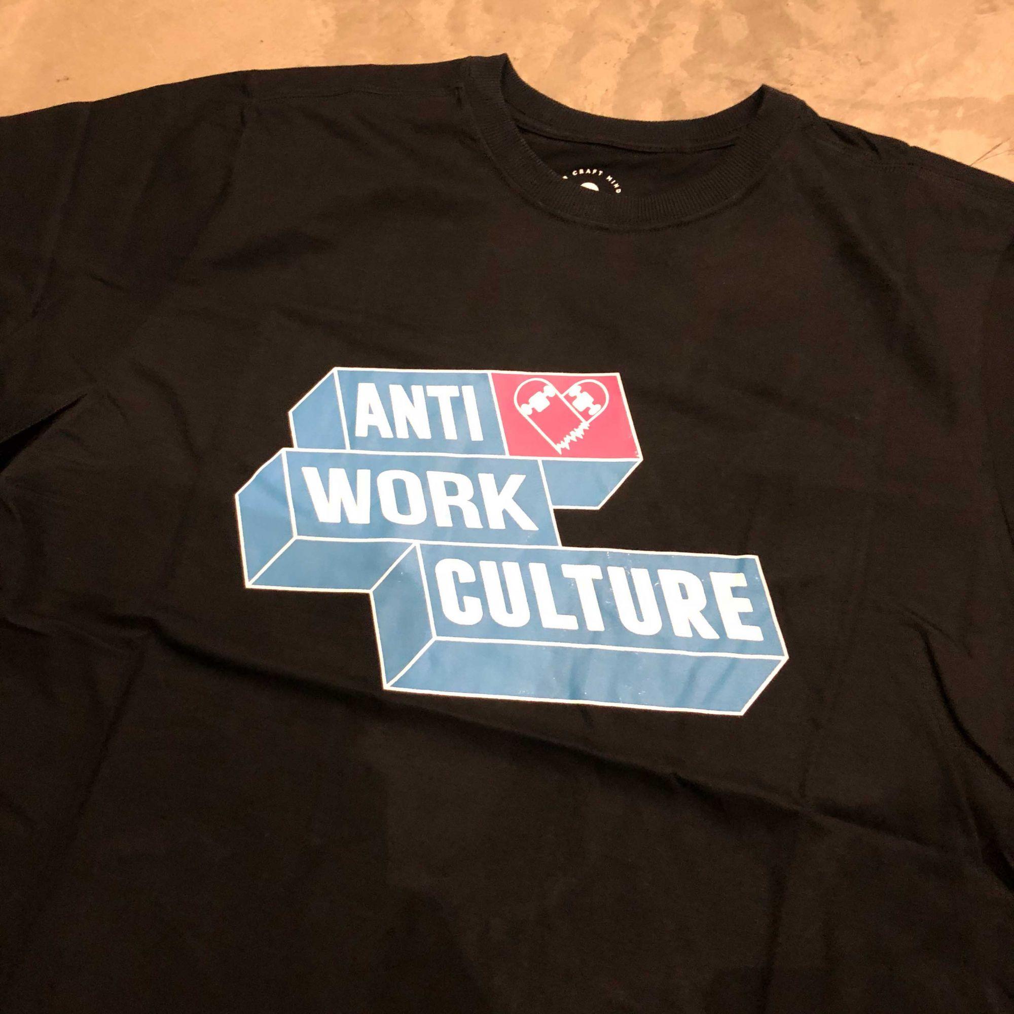 "Camiseta Other Culture "" Anti Work "" Preta"