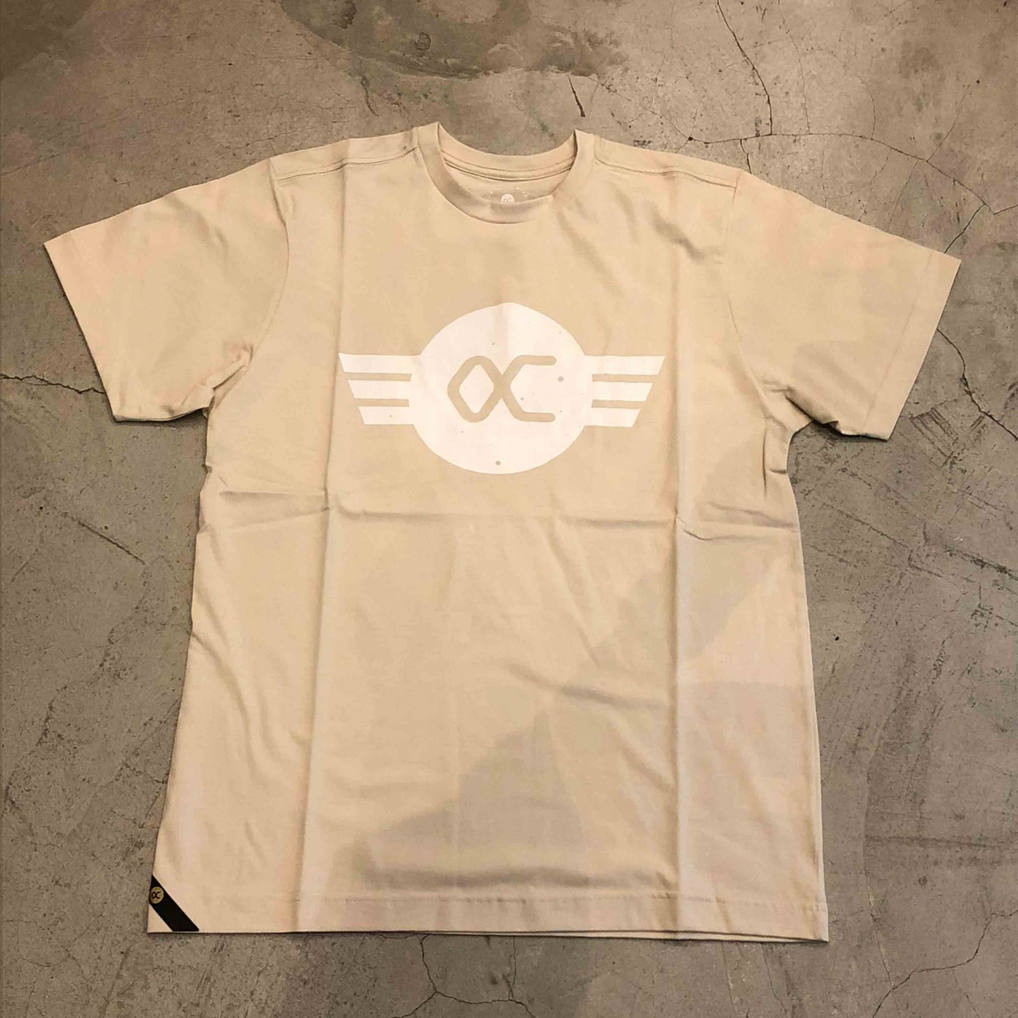 "Camiseta Other Culture "" OC Logo "" Creme"
