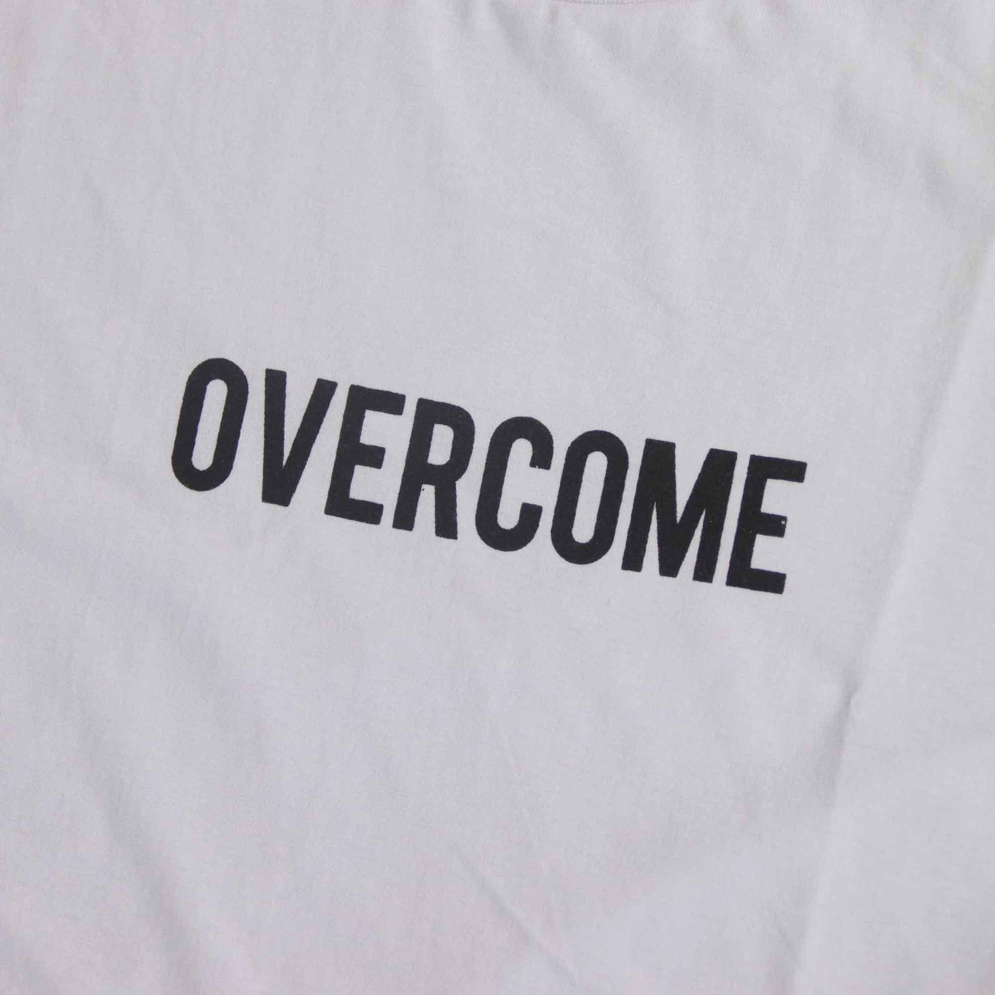 """Camiseta Overcome """"Logobox"""" Branca"""